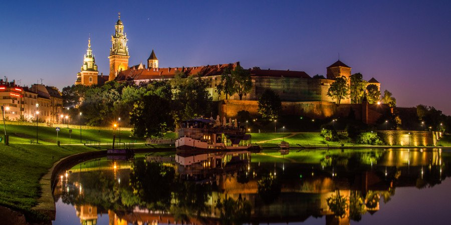 Cracovia by night